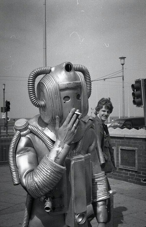 Cyberman-Smoking